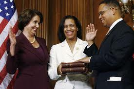 Keith Ellison showing his Jihadist instinct in being sworn-in on Jefferson's Qur'an ..